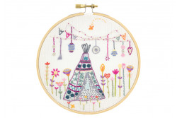 "Kit de broderie traditionnelle ""Week-end bohème sous le tipi"""