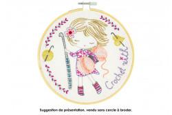 """Kit de broderie traditionnelle """"Salomé crochète"""""""