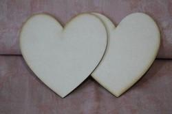 2 coeurs en carton taille 10