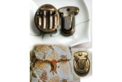 Fermoir de cartable couleur bronze ancien