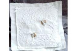 Kit de Boutis Coussin d'alliances blanc avec initiales