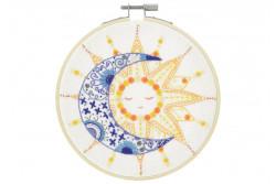 """Kit de broderie traditionnelle """"Le soleil à rendez-vous avec la lune"""""""