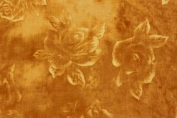 tissu patch Quilters Roses sur fond ocre jaune
