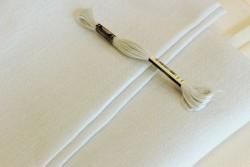 Toile de lin BELFAST de Zweigart, coloris 7011 gris tres clair