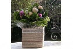 """Kit de broderie Jour de lin """"Cache pot des Jours pour des fleurs"""""""