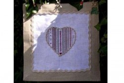 """Kit de broderie Jour de lin """"Points en coeur"""""""