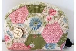 "Sarahpatch, Kit patchwork ""Pochette fleurie"""