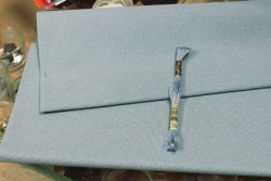 Etamine unifil MURANO de Zweigart, coloris 5106 Bleu gris