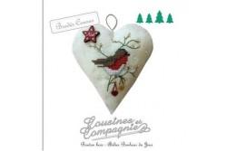 """Kit brodés-cousus """"Noël : Coeur à l oiseau  """""""