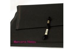 Etamine unifil LUGANA de Zweigart, coloris 720 noir