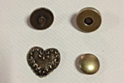 """bouton pression aimanté en forme de cœur """" couleur bronze """""""