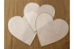 Cœur à broder bordures festonnées