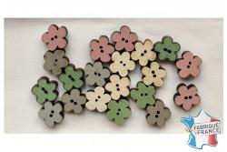 """20 Boutons en bois """" en forme de petite fleur"""""""